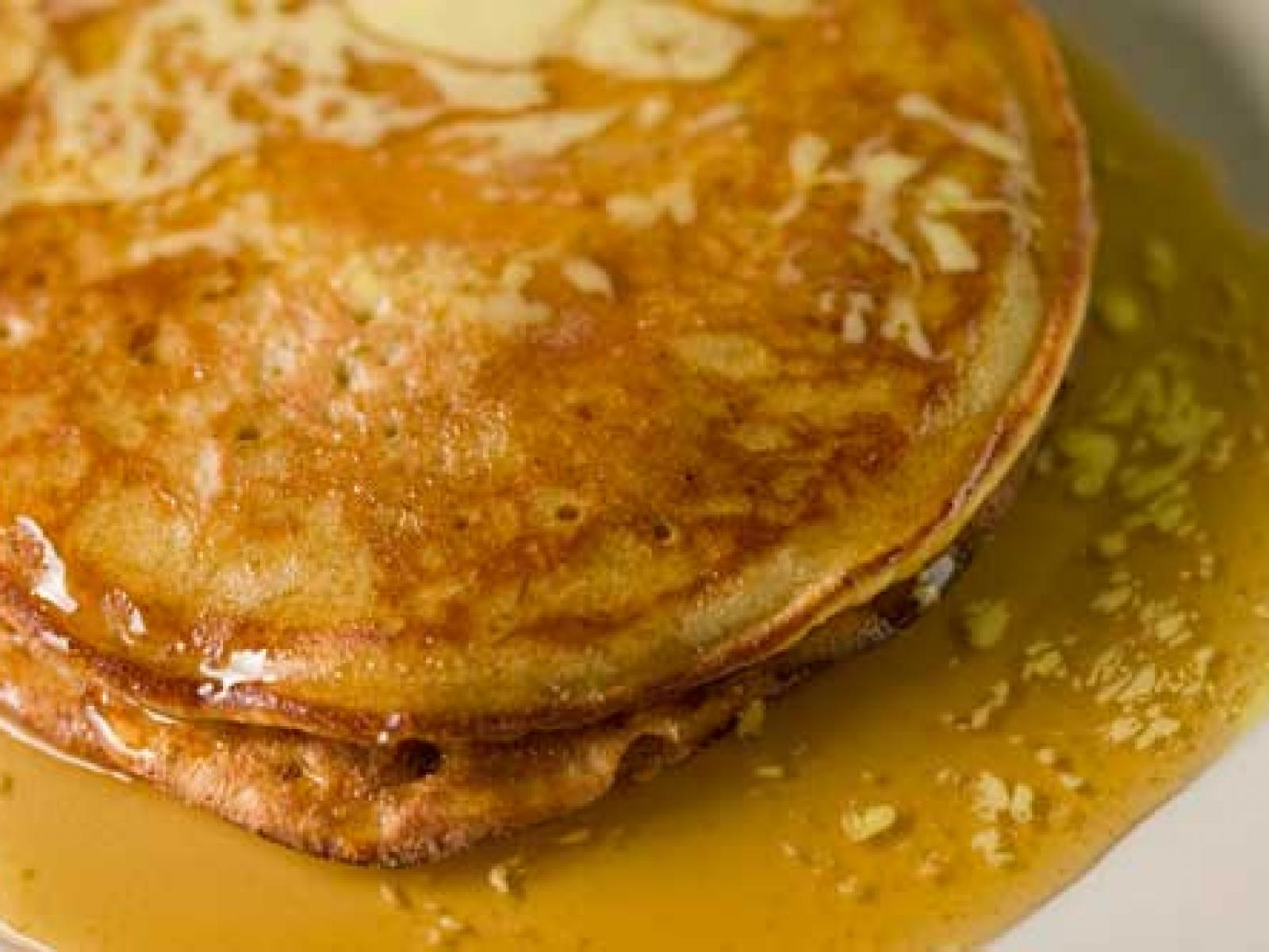 Cottage Cheese and Apple Pancakes Recipe